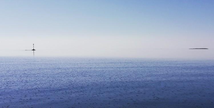Tyyni päivä merellä